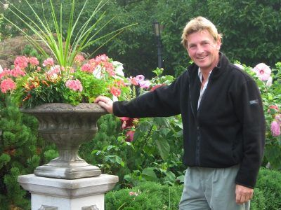 Paul Epsom, Gardening Correspondent for PBS's The Victory Garden, takes pleasure in a delightful morning stroll in the beautiful Award-Winning Formal Gardens at The Radnor Hotel.