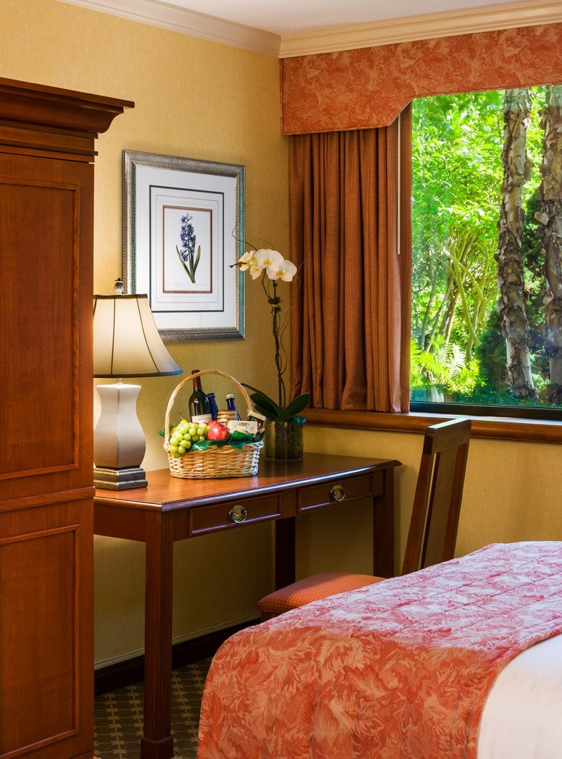 Hotel Guest Room: Double Guest Room