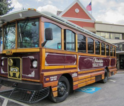Philadelphia Trolley Works & 76 Carriage Co. showed off their ride at the Main Line Bridal Event